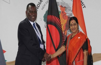 External Affairs Minister meeting Mr. George Chaponda, Minister of Foreign Affairs Malawi on the sidelines of 3rd India Africa Forum Summit in New Delhi (27 October, 2015).