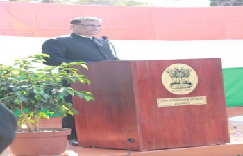Mr. Suresh Kumar Menon, High Commissioner addressing the Indian community at the Flag Hoisting event in the morning of 15th August 2016 at the High Commission