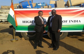 Mr. Suresh Kumar Menon, High Commissioner of India to Malawi, handing over Medicines, Medical stores and Tents to Mr. Ben Botolo, Secretary to Vice President and Commissioner for Disaster Management Affairs, Government of Malawi on 29 September, 2016 in Lilongwe (Malawi)