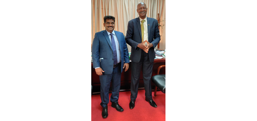 High Commissioner meets Honourable Lobin C. Lowe, M.P., Minister of Agriculture